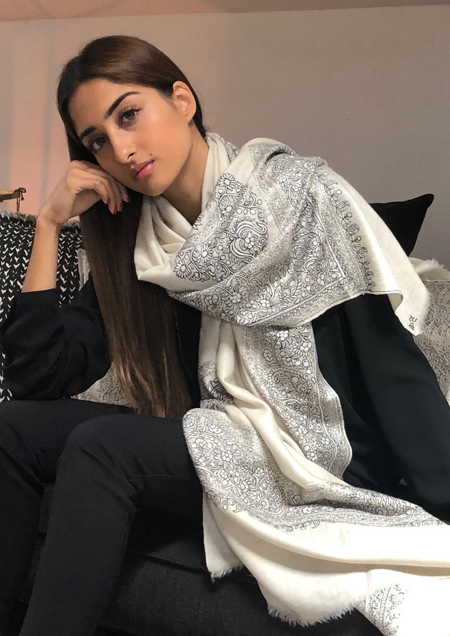 100% handwoven hand embroided ivory shawl. Unique piece. Contact us for more info and price.