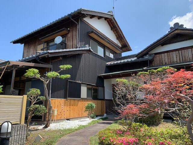 野田山町の庭園のある見晴らしの良い古民家.jpg