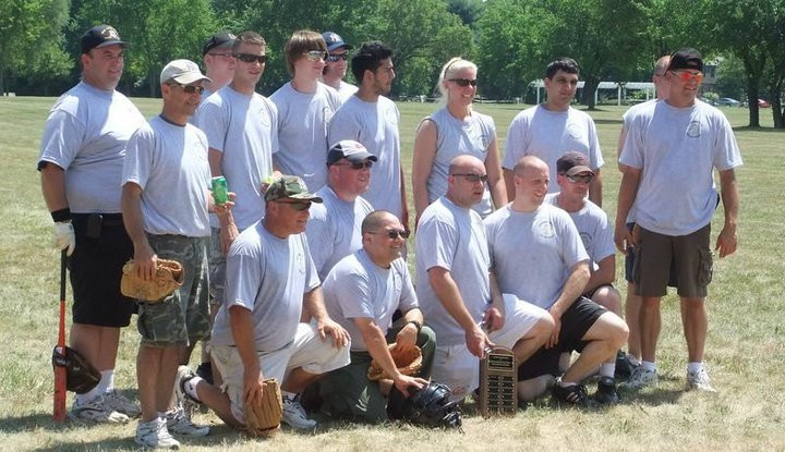 Softball Team 2010.jpg