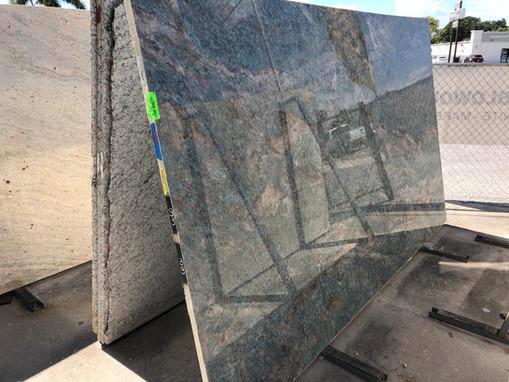 Countertop Selection Granite - Quartz -  Quartzite - Porcelain in Sarasota