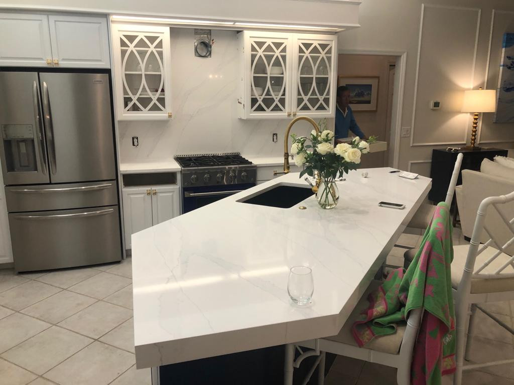 Quartz Island with Miter Edge
