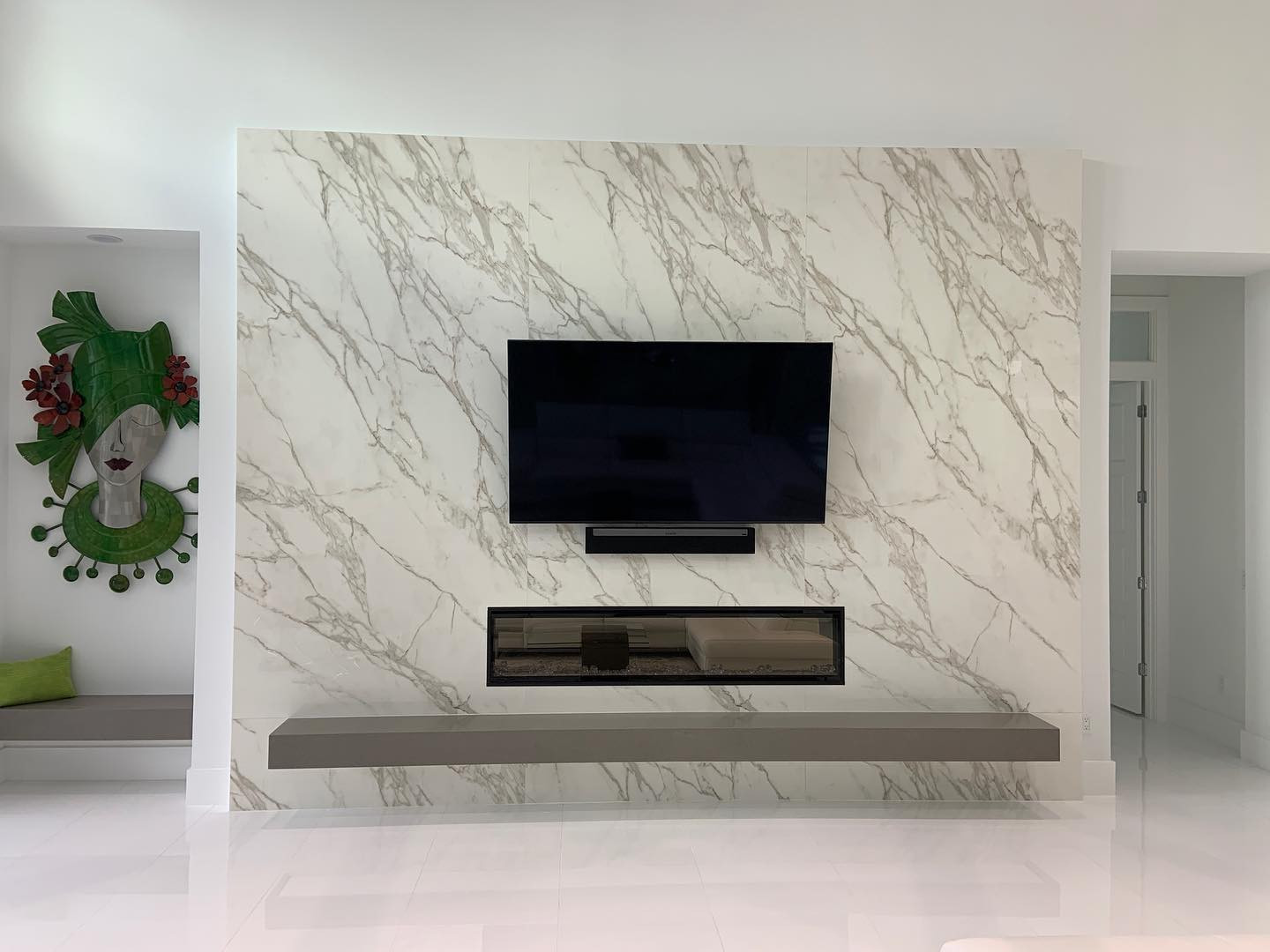 NEOLITH CALACATTA POLISHED FIREPLACE