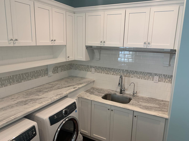 MARBLE COUNTERTOP LAUNDRY ROOM