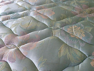 mattress-277906_1920.jpg