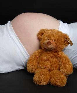 zwangerschapsfoto knuffel