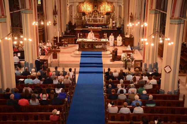 trouwdienst-katholieke-kerk-Apeldoorn.jp