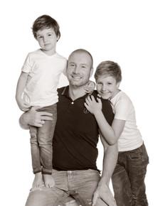 familiefotogafie vader met zoons