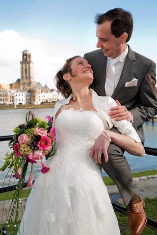 trouwfoto bij de IJssel in Deventer.jpg