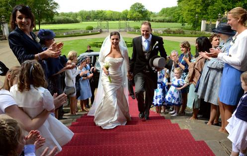 aankomst bruiloft huize voorst.jpg