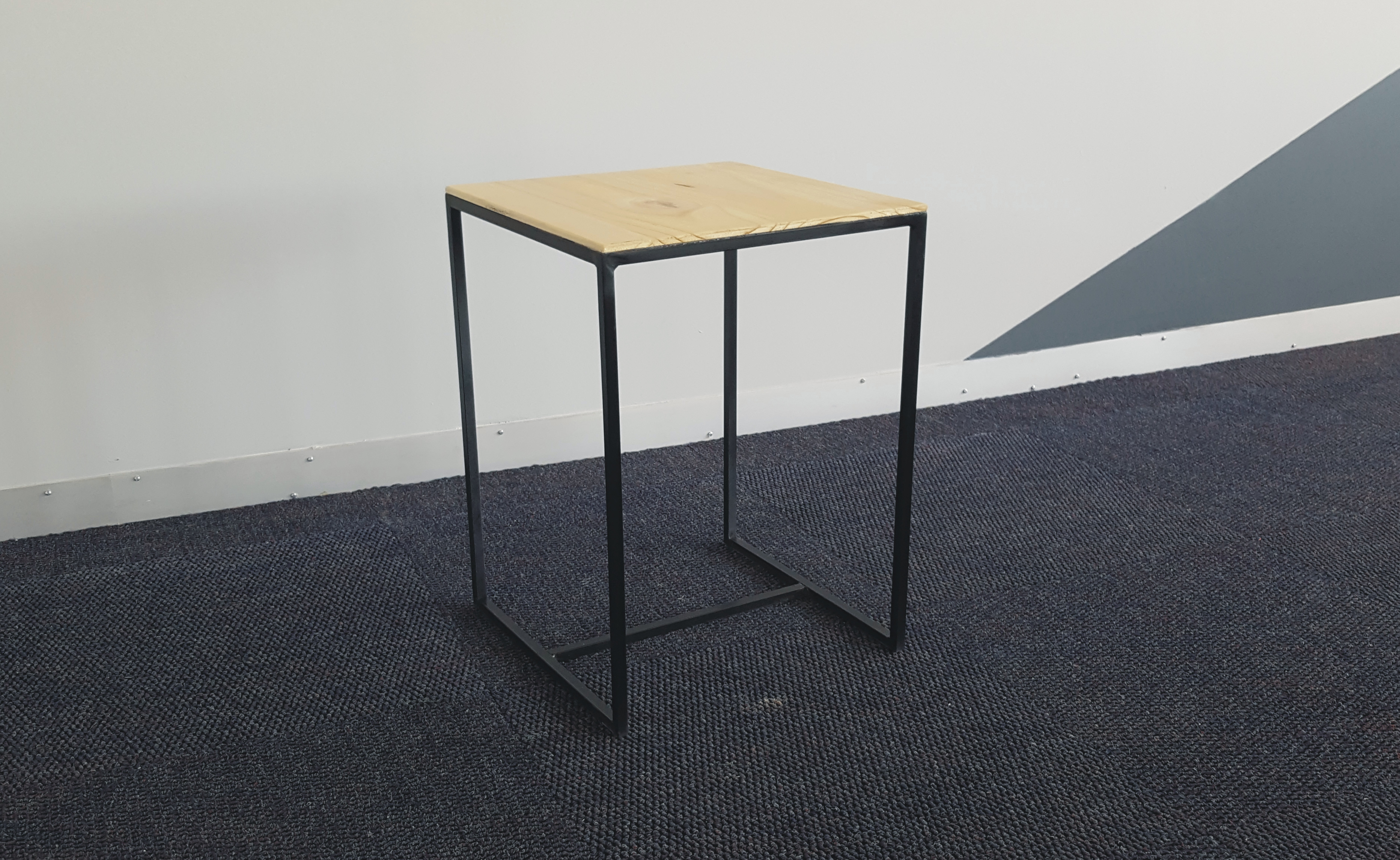 Edition side table