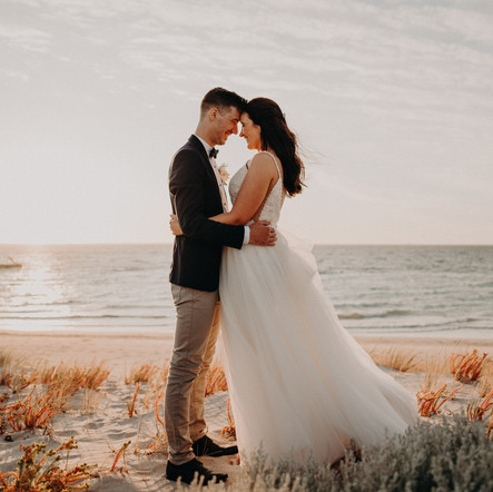A Summer Beachside Wedding, Coogee Beach Surf Life Saving Club, WA