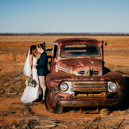 A DIY Farm Wedding In Rural WA, Mukinbudin