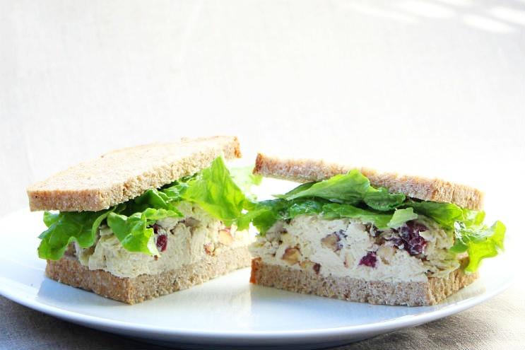 Creamy & Crunchy Chicken Salad Sandwich