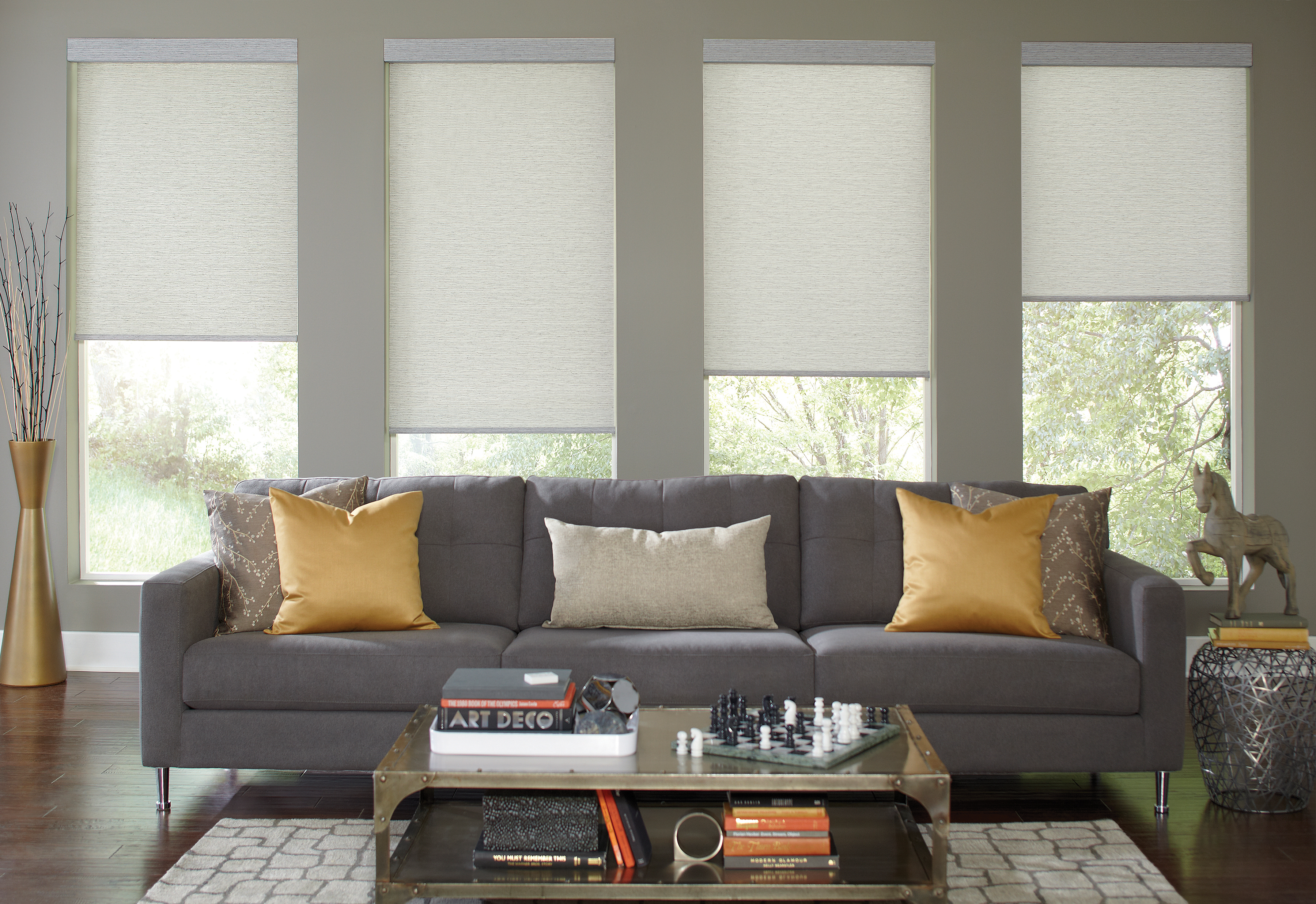 Genesis Qmotion Roller Shade1