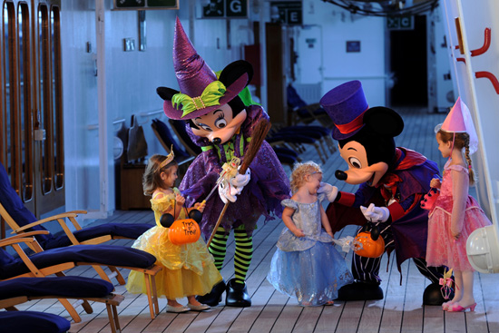 Disney-Cruise_Halloween