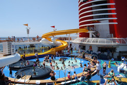 Disney-Cruise-2-mouse-tales-travel