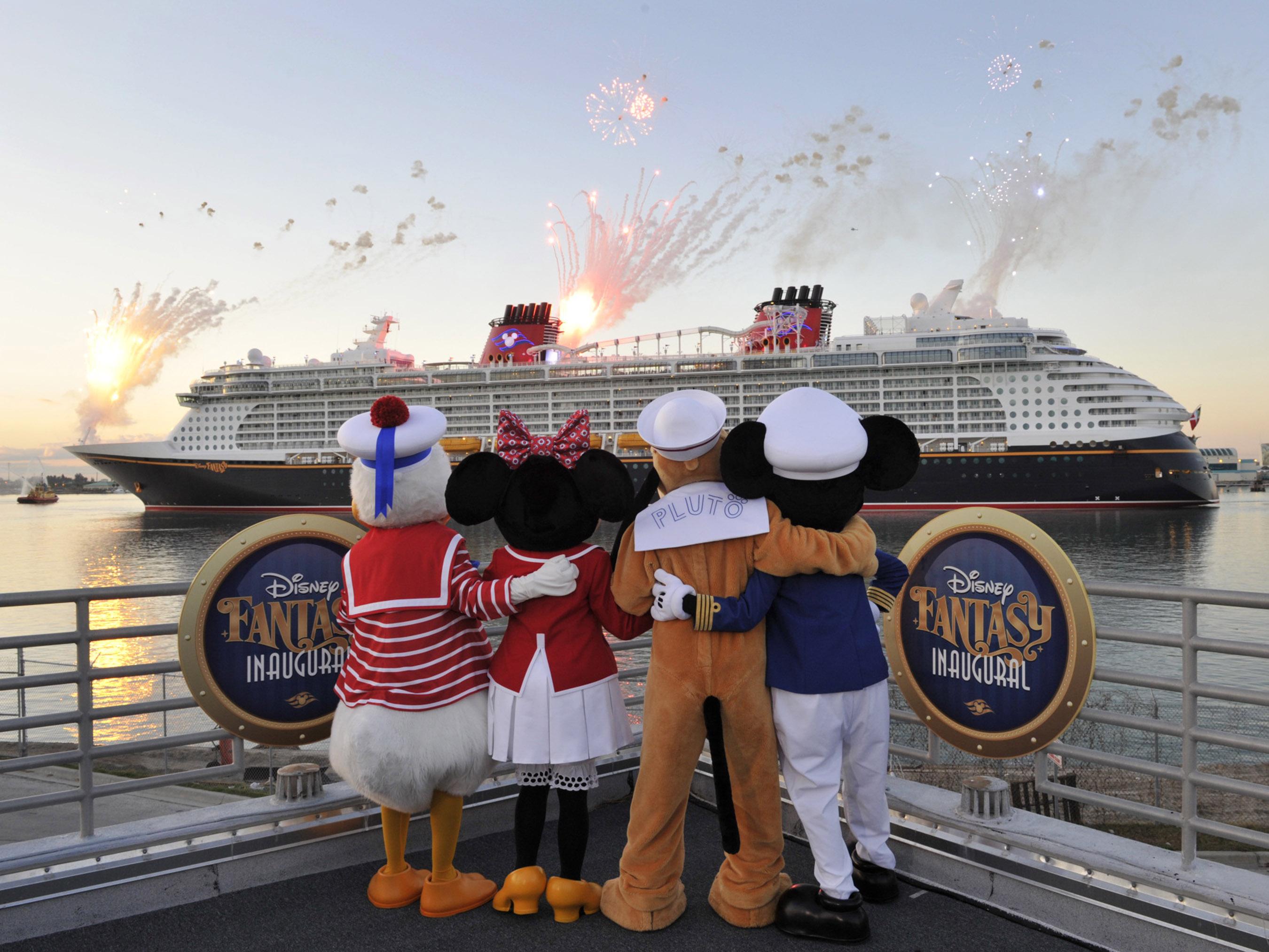 fantasy-cruise-ship