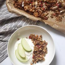 Coconut & Vanilla Granola