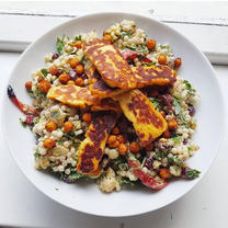 Halloumi & Cauliflower Salad