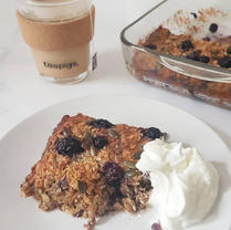 PB & Berry Baked Porridge