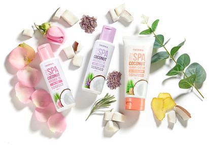 Beauty+cosmetic+product+photography.jpeg
