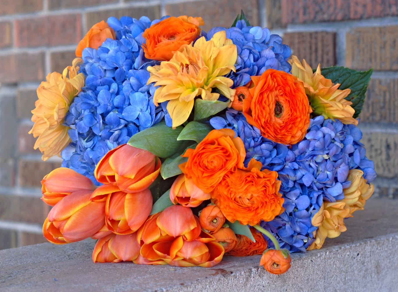 Contrast Bouquet