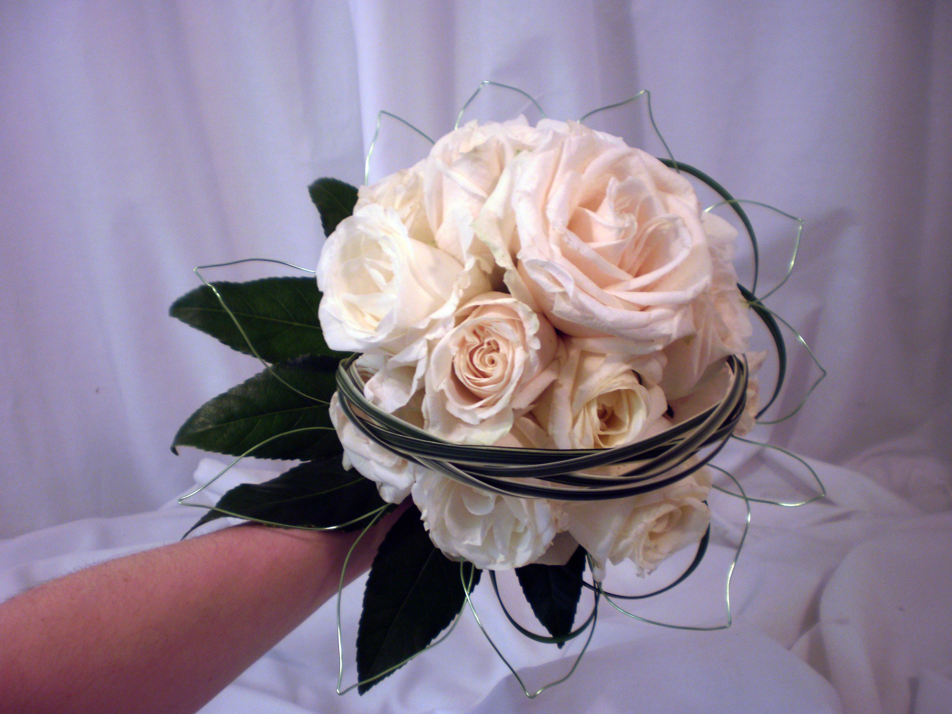 Wire Leaf Bouquet