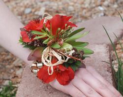 Natural textures corsage