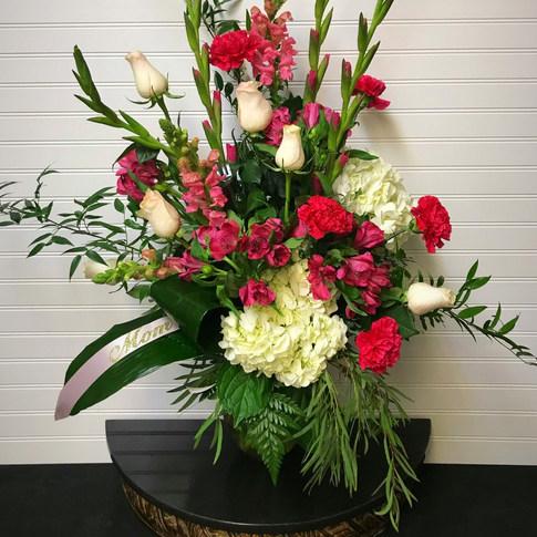Magnificent Mom Bouquet