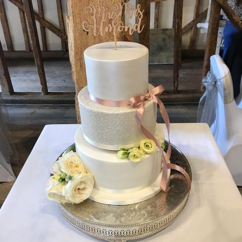 Lauren & Marks Wedding Cake