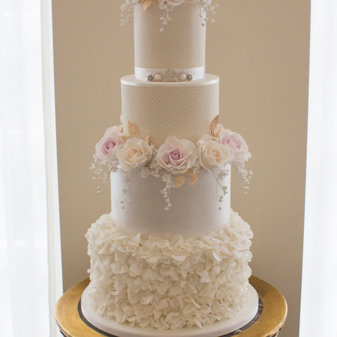 Sarah & Sonnies Wedding Cake