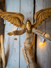 el-nicho-pete-ortega-angel-outstretched2