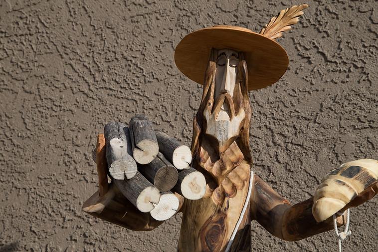 San Pasqual by Pete Ortega