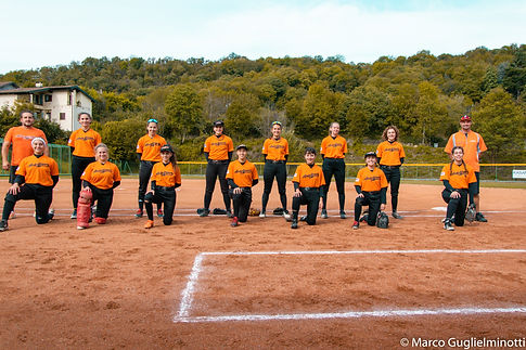 2020 B softball SQUADRA.jpg