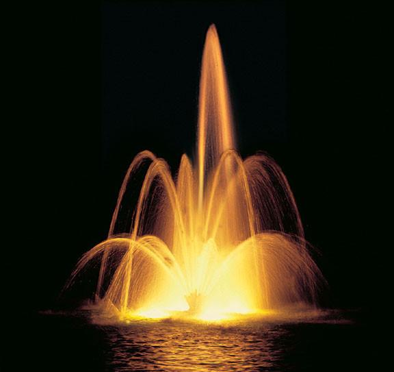 Плавающий фонтан Вулкан