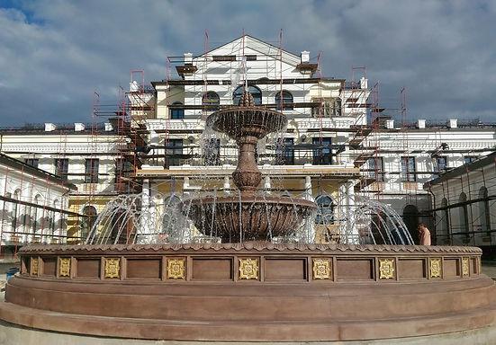 фонтан из искусственного камня, готовые фонтаны, облицовка борта фонтана, архбетон, архитектурный бетон, искусственный камень