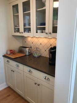 Linekin Breeze Kitchen Nook