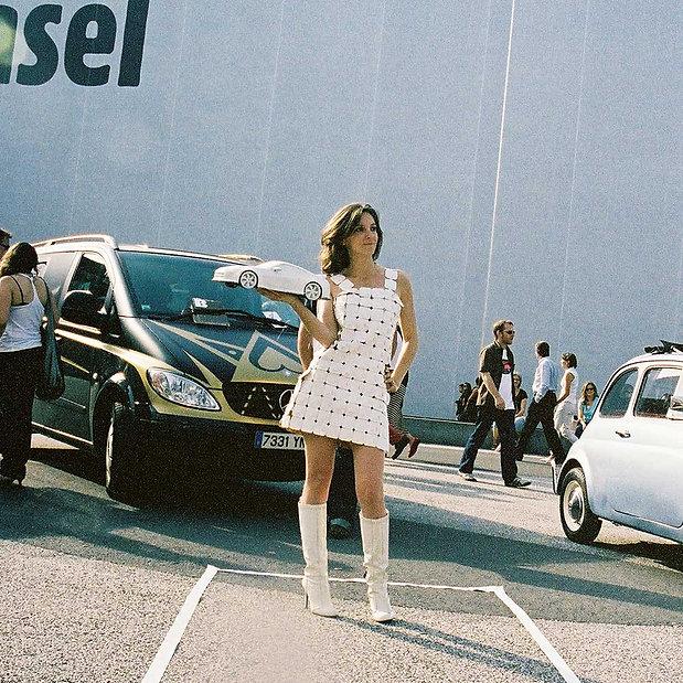 Performance de l'artiste Marie Maillard Art Basel 2007