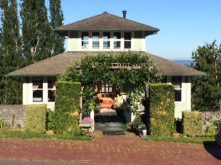 Stanley Residence-Bellingham, WA