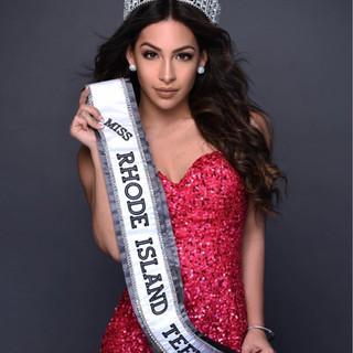 Miss Rhode Island Teen Alexa Papigiotis