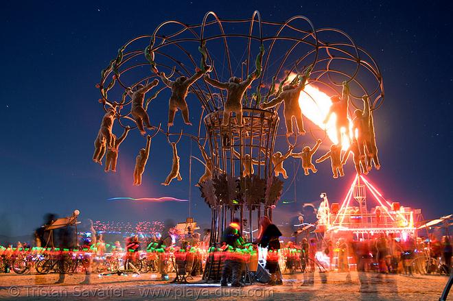 © Tristan Savatier -- playa-dust.com
