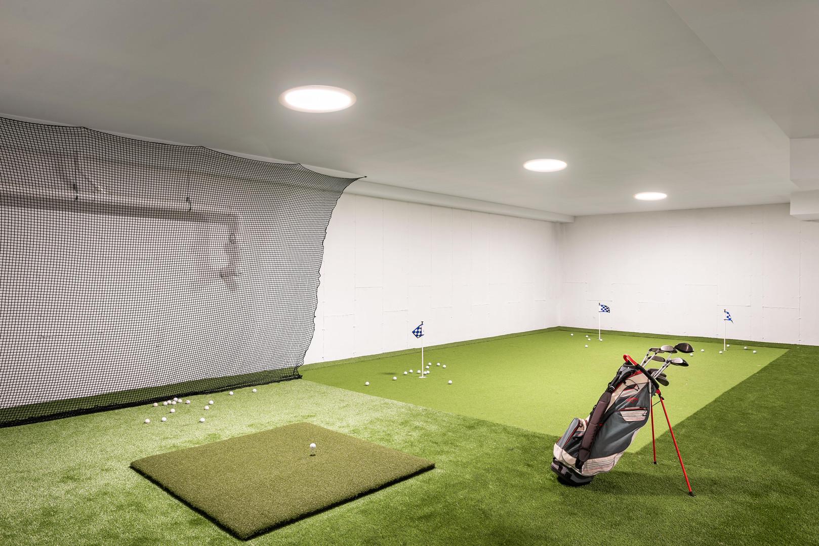 Lower level golf