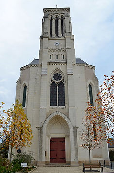 510px-Champtoceaux_-_Eglise.jpg