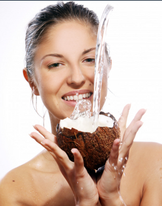 Agua de coco: el secreto para la eterna juventud