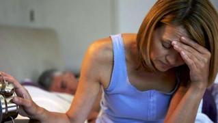 Tratamiento de sofocos y sudores nocturnos sin hormonas