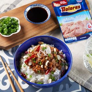 Una explosión de sabores con Kung Pao, platillo asiático con atún