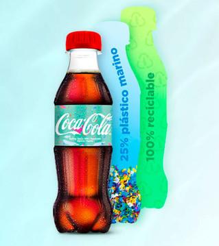 Coca Cola presenta botella hecha de envases recuperados y reciclados del mar
