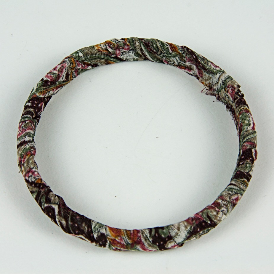 Fabric patterned bangle