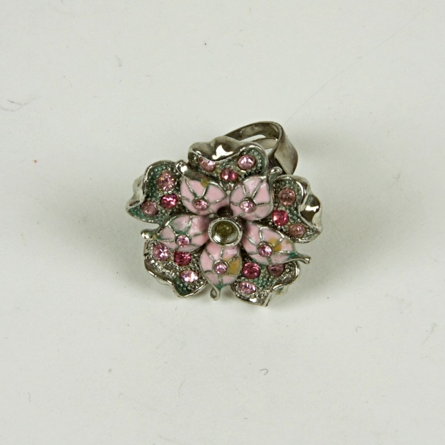 Flower enamel sparkle ring