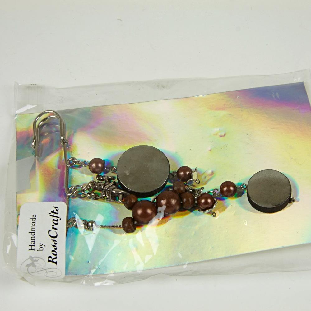 Beaded brooch
